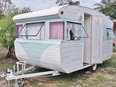 Vintage 1965 Franklin Caravan Site Van Home Office Studio Cupcake Chic Hotrod eh