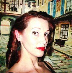 'Diamonds and Dames' Does: 'Jenny's Rocketeer Waves' (Jennifer Conolly R. Jennifer Conolly, 1930s Hair, Vintage Glamour, Diamonds, Waves, Hoop Earrings, Film, Fashion, Movie