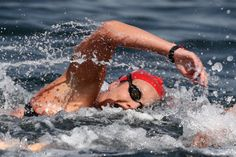 Keri-Anne Payne of Great Britain competes in the Women's 10km Marathon Swimming on day 10 of the Rio 2016 Olympic Games at Fort Copacabana on August 15, 2016 in Rio de Janeiro, Brazil.