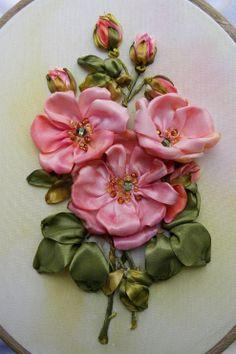 .gorgeous ribbon roses