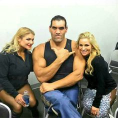 Beth Phoenix The Great Khali & Natalya