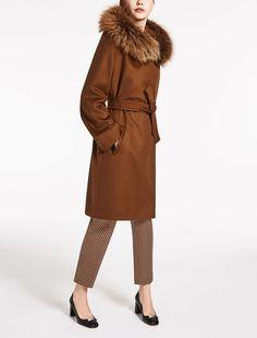 i 6 cappotti 2017 max mara per l 39 autunno inverno cappotti. Black Bedroom Furniture Sets. Home Design Ideas