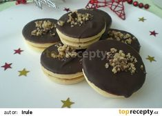 Margotková kolečka recept - TopRecepty.cz Czech Recipes, Christmas Cookies, Baking Recipes, Sweet Tooth, Pancakes, Cheesecake, Food And Drink, Pudding, Breakfast