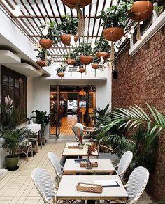 Design Restaurants • Interiors of restaurants and bars