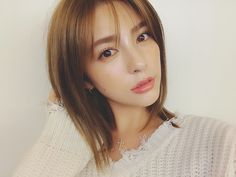Beautiful Person, Beautiful Women, Short Hair Cuts, Short Hair Styles, Beauty Cabin, Korean Haircut, Bob Hairstyles, Pretty Woman, Asian Beauty