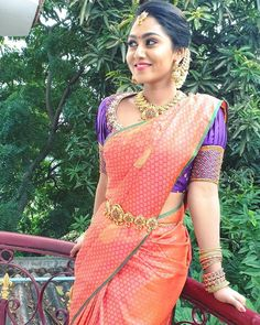 in - Faamy's Fashions – Chennai – designer- Intricate Blouse design embellished with zaridosi / st - Wedding Saree Blouse Designs, Pattu Saree Blouse Designs, Blouse Designs Silk, Blouse Patterns, Traditional Blouse Designs, Simple Blouse Designs, Stylish Blouse Design, Banarsi Saree, Kanchipuram Saree