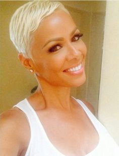 Blonde On Point!!