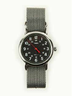 //\\ Timex Weekender