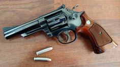 "lookatmyguns: "" Smith & Wesson Model 19-4 [5248 x 2952] Source: https://i.imgur.com/pIWw81E.jpg """