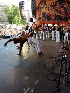 Die Gruppe Capoeira besteht aus internationalen Kampftänzern dessen Trainer Claudiano José Doanjos aus Coburg ist.