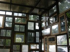 Whole walls made of recycled windows