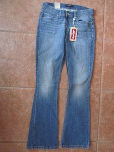 *Womens Levi's 524 Jeans*Too Superlow*Skinny Flare*Ultra Low Rise*Size 9 Med*NEW