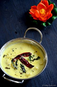 Pazham Pulisseri / Pazham Pulissery ~ Ripe Plantains in a Spiced Coconut Yogurt Sauce Veg Recipes, Curry Recipes, Indian Food Recipes, Vegetarian Recipes, Cooking Recipes, Kerala Recipes, Indian Foods, Indian Snacks, Banana Curry
