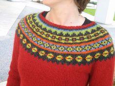 Knitted sweater - free pattern on ravelry beautiful icelandic decoration!