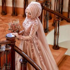 tesettür nişan elbise modelleri You will find different rumors about the history of the marriage dress; Hijab Wedding Dresses, Formal Dresses, Muslim Brides, Mode Hijab, Bridal, Hijab Fashion, Women's Fashion, Mom And Dad, Marie