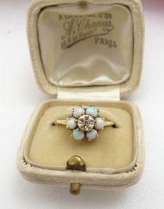 Vintage 10K Gold Opal & Diamond Flower Ring