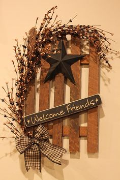 Decorated Tobacco Lath Fence with Star Berries and Wooden