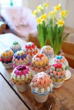 Easy Easter Egg Warmers (Pattern by HopefulHoney)