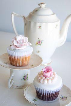Shabby Cupcakes | Flickr - Photo Sharing!