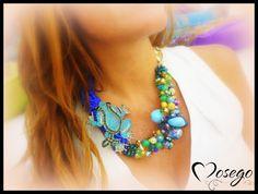 COLLAR ANIMALS BLUE FROG #necklace #collar #complementos #bijoux #bisuteria #frog #rhinestone #crystal #swarovski #exclusive #unico #handmade #hechoamano #preciosavane #withlove www.mosego.com info@mosego.com
