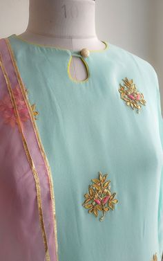 40 Amazing Kurti Neck Designs With Lace and borders Salwar Designs, Salwar Kameez Neck Designs, Kurta Neck Design, Kurta Designs Women, Kurti Designs Party Wear, Indian Salwar Kameez, Sharara, Anarkali, Neck Designs For Suits