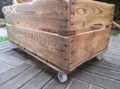 Skrzynki drewniane, malowane lub lakierowane, kółka Gdynia - image 1