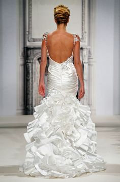 Kleinfeld Bridal - Spring 2014 by Pnina Tornai. Pinina Tornai Wedding Dresses, Bridal Dresses, V Neck Wedding Dress, Wedding Gowns, Wedding Bride, Cheap Wedding Dresses Online, Bridal Collection, A Boutique, Ball Gowns