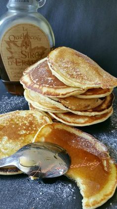 Pancakes (Thermomix ou pas) – Just my cooking, mes p'tites recettes ! Pancakes (Thermomix ou pas) Plus Thermomix Pancakes, Thermomix Desserts, No Cook Desserts, Cooking Pancakes, Cooking Chef, Cooking Time, Desserts With Biscuits, Crepes, Brunch Recipes