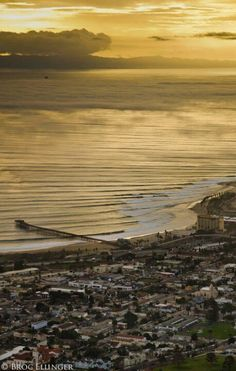 Beautiful Ventura... I want a canvas photo of the ocean...