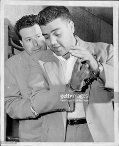 Vincent (The Chin) Gigante being led to lineup handcuffed to detective. Vincent Gigante, Mafia Crime, Gangster Movies, Life Of Crime, The Godfather, Mug Shots, Jennifer Aniston, Mobsters, Detective