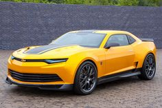 We've all been waiting patiently for the revealing of the 2016 Chevrolet Camaro. It's gearing up to be one of the year's biggest reveals already, making itthe sixth generation of the famed muscle coupe. But what big changes is Chevy making to its new Camaro? There are a few that we know of so far.