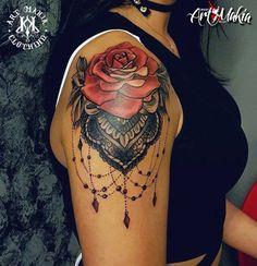 Door Lucky  Art Makia Venray Schoutenstraatje27  5801BS Venray   #roze #roos #rozen #mandela #artmakia #tattooideas