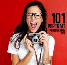 The largest collection of portrait photography tips on any single page of the Internet.  Clever tips, too! improvephoto
