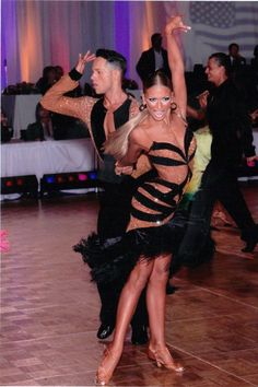 #zapatos #shoes #zapatosdebaile #danceshoes #cuero #leather #baile #dance #bailelatino #latindance #salsa #bachata #kizomba #salsadancing #moda #fashion #lifestyle