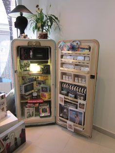 Nuevos escaparates: Una nevera como display de producto