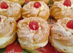 Zeppole! Τα διάσημα ιταλικά σου με κρέμα ! Types Of Food, Doughnut, Cheesecake, Muffin, Breakfast, Desserts, Recipes, Morning Coffee, Tailgate Desserts