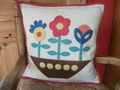 Pillow woolapplique