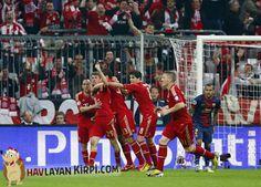 Bugün oynanan maçta Bayern Münih, Barcelona ile karşılaştı. Bayern Münih Barcelona maçı 2-0 sonuçlandı. Sitemizde Bayern Münih Barcelona maç özeti ve golleri izleyebilirsiniz. Yazımızın devamında Bayern Münih Barcelona maçı geniş özeti bulunmaktadır.
