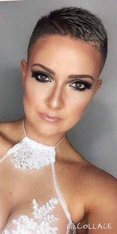 Hairdressing Advice That Will Keep Your Hair Looking Great – Hair Wonders Edgy Short Hair, Really Short Hair, Short Hair Cuts, Short Hair Styles, Short Pixie, Pixie Cuts, Buzz Haircut, Buzzed Hair, Very Short Haircuts