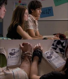 """Skins, season episode """"Freddie,"""" aired 19 February L to R: Elizabeth """"Effy"""" Stonem is played by Kaya Scodelario and Frederick """"Freddie"""" McClair is played by Luke Pasqualino. They're studying William Shakespeare's Hamlet in class. Effy And Freddie, Effy Stonem Style, Cassie Skins, Skin Aesthetics, Malboro, Luke Pasqualino, Skins Uk, Kaya Scodelario, Young Love"""