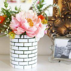 White Brick Vase tutorial. (via Say Yes)