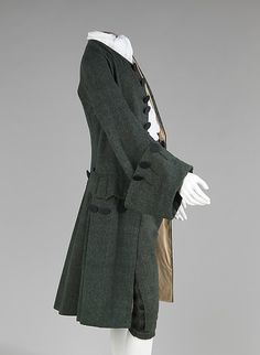 DATE: 1755-65 CULTURE: British MEDIUM: wool, silk CREDIT: Brooklyn Museum Costume Collection at The Metropolitan Museum of Art, Gift of the Brooklyn Museum, 2009; H. Randolph Lever Fund, 1968.]