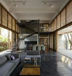Nivim House