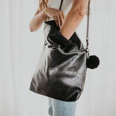 Luxurious Leather goods womens handmade handbags, clutches, and totes Handmade Handbags, Fashion Boutique, Casual Looks, Bucket Bag, Crossbody Bag, Women's Handbags, Luxury, Chic, Cross Body