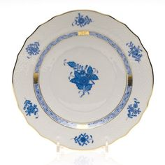 Herend Chinese Bouquet Salad Plate, Blue ($105) ❤ liked on Polyvore featuring home, kitchen & dining, dinnerware, blue, herend, herend dinnerware, chinese dinnerware, blue salad plates and blue dinnerware