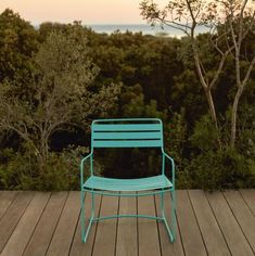 Sit back and enjoy the sunset in a Lagoon Blue Surprising Low Armchair.jard… – My Home Design 2019 My Home Design, House Design, Contemporary Outdoor Furniture, Interior Design Website, Outdoor Chairs, Outdoor Decor, French Brands, Sit Back, Blue Lagoon