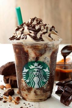 ¡Delicioso frappucino tipo Starbucks pero casero! Os lo enseñamos a preparar en…