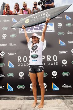 Sally Fitzgibbons!!