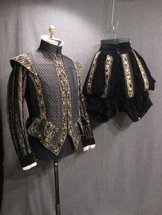 09020273 09017844 Suit Renaissance black gold brocade velvet C40 42 W36.JPG
