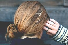 Kinda fun (and a but southwestern, which I love:))  Same old pins, fresh new idea. *The Girls in the Beauty Department (via Bobby Pins Reinvented | Free People Blog)